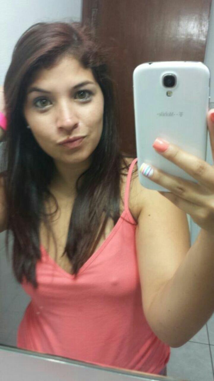 Femme trentenaire cherche mec pour plan pipe sur Valence